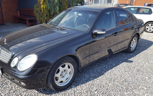 Mercedes-Benz E trieda